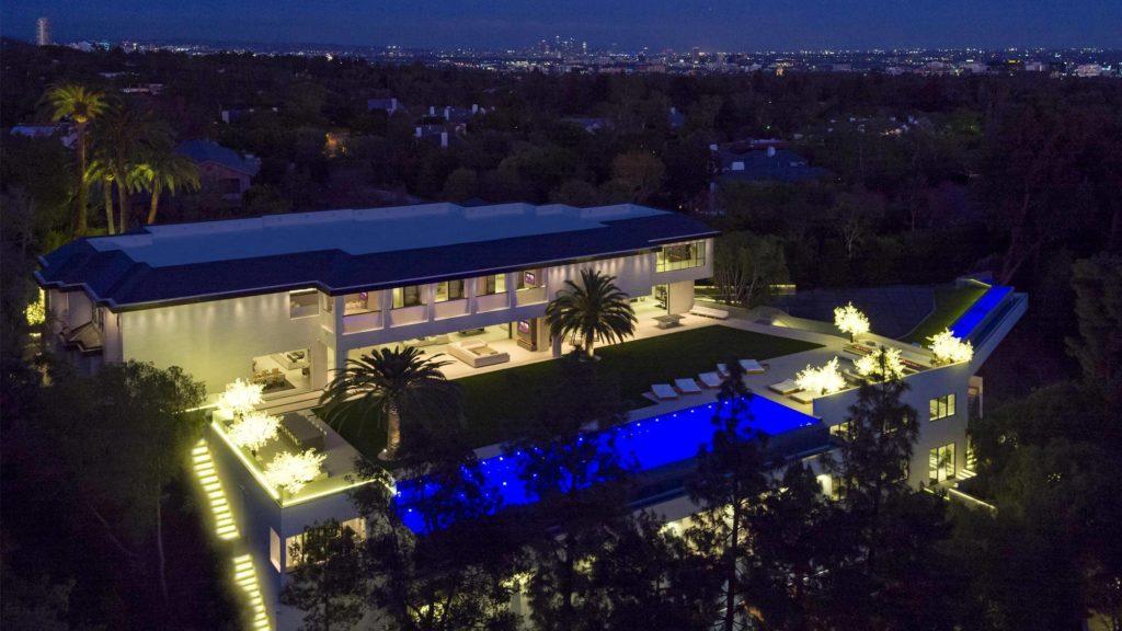 modern mansions