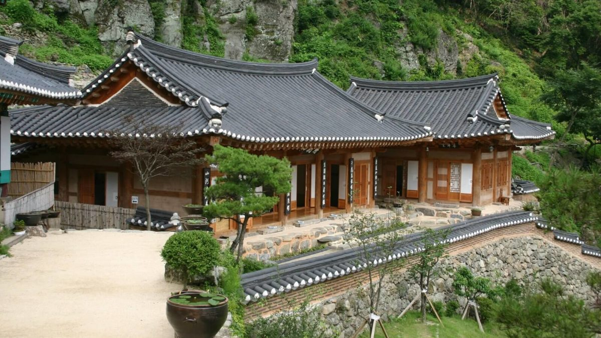 An Overview Of The Traditional Korean House- Hanok