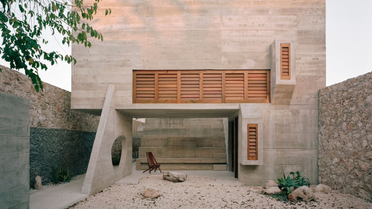 Merida House: A Remarkable Home Built In Mayan Culture But In A Modern Way!!