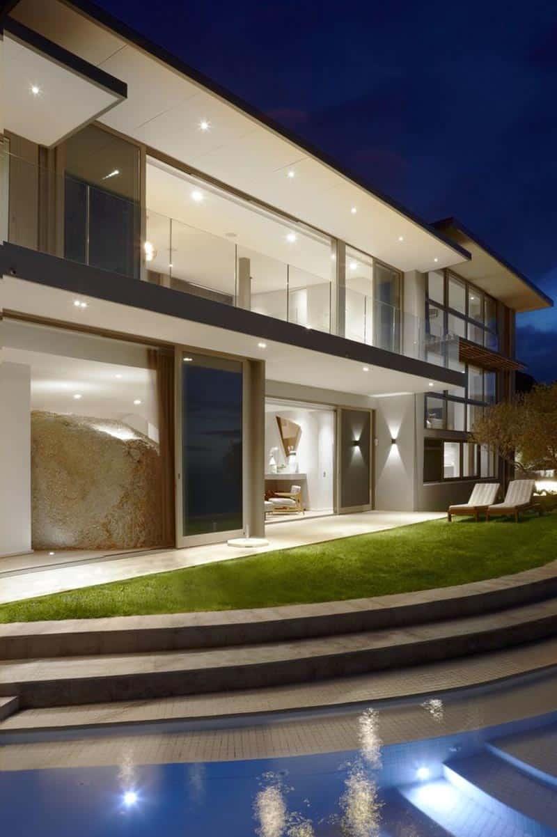 Bomax Architects + OKHA Interiors