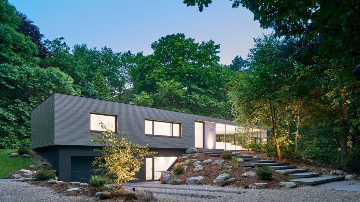 Villa RR: A Beautiful Construction Amid The Nature's Lap