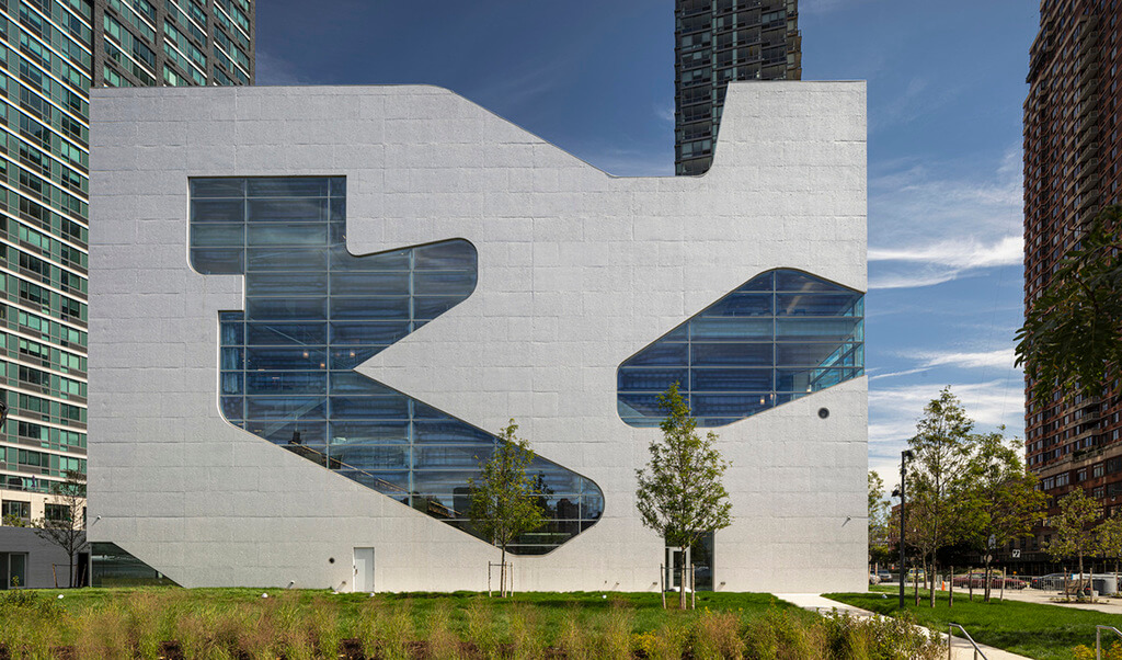 Hunters Point Library: Amazing Public Library in New York