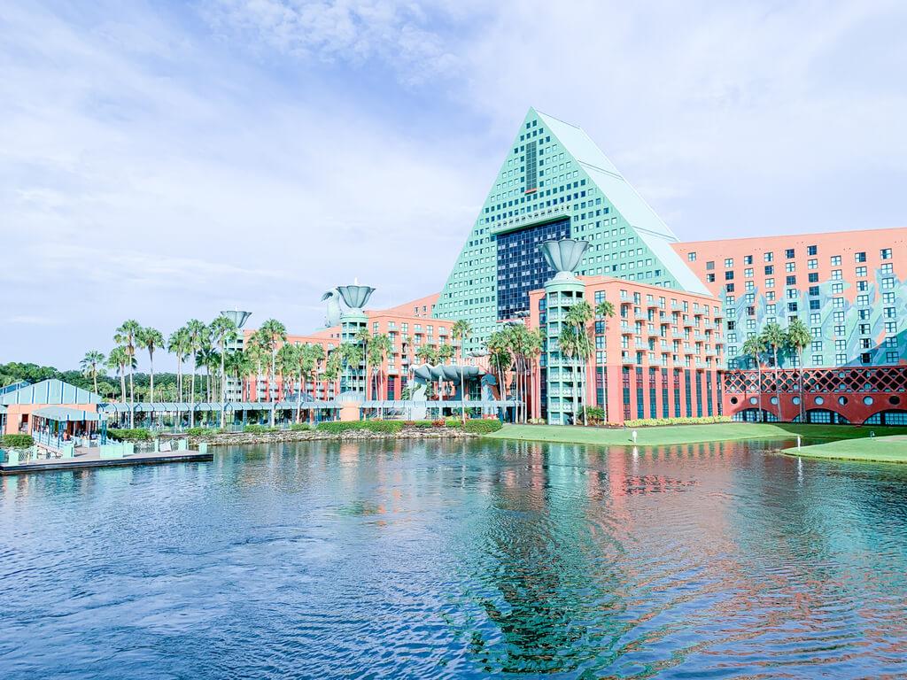 Dolphin and Swan Hotels at Walt Disney Resort, Florida