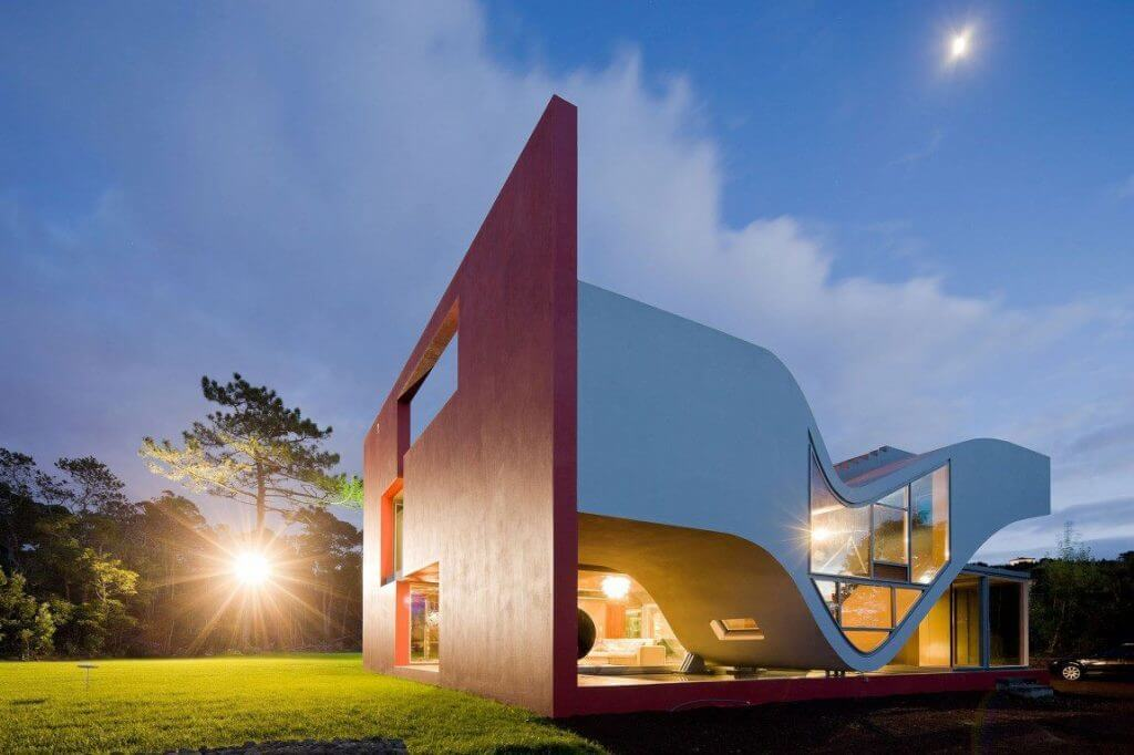 Modern Futuristic House