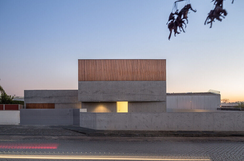 House in Avanca: A Contemporary Residence By nu.ma in Portugal!