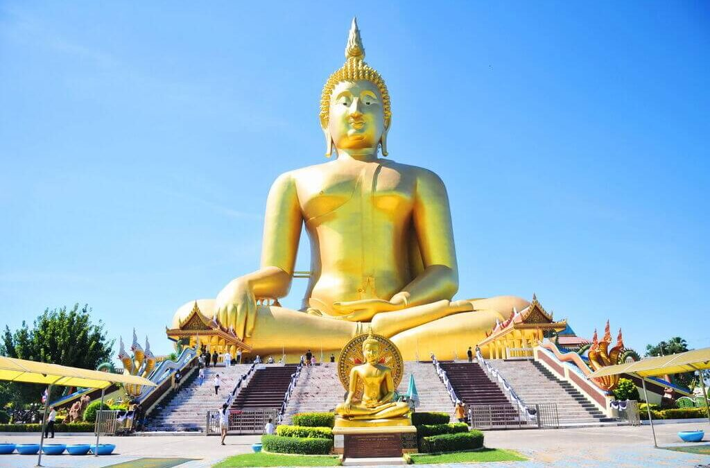 Top 10 Most Iconic Tallest Statues in The World!