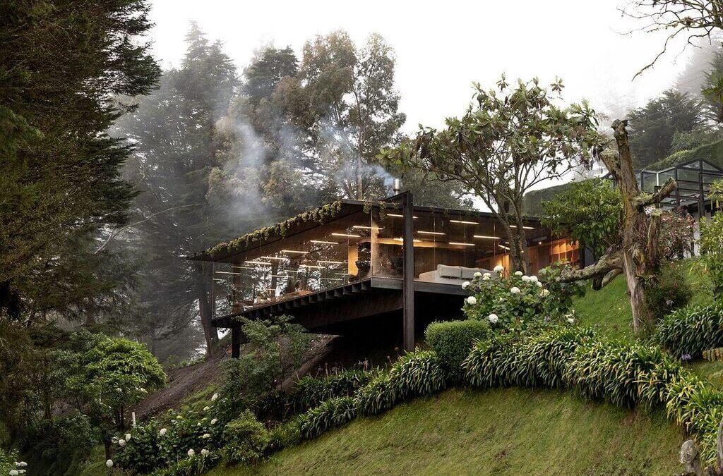 Mirador House by RAMA estudio in Ecuador