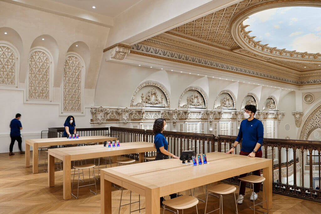 Apple Tower Theatre Foster Partners