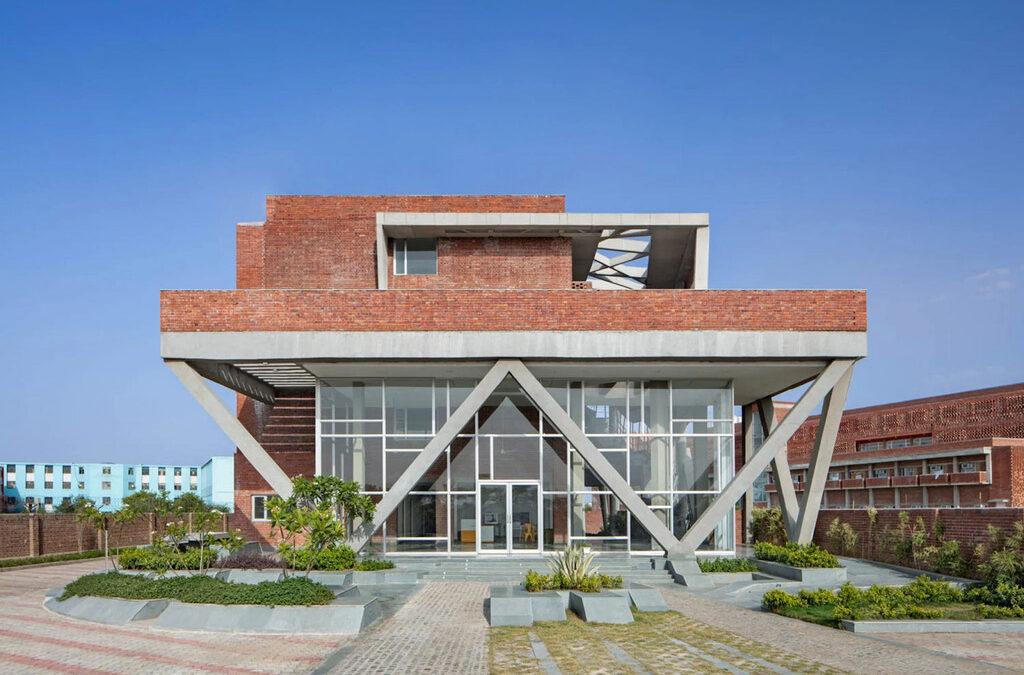Sustainable Design In Vernacular Language: St. Andrews Girls Hostel by Zero Energy Design Lab