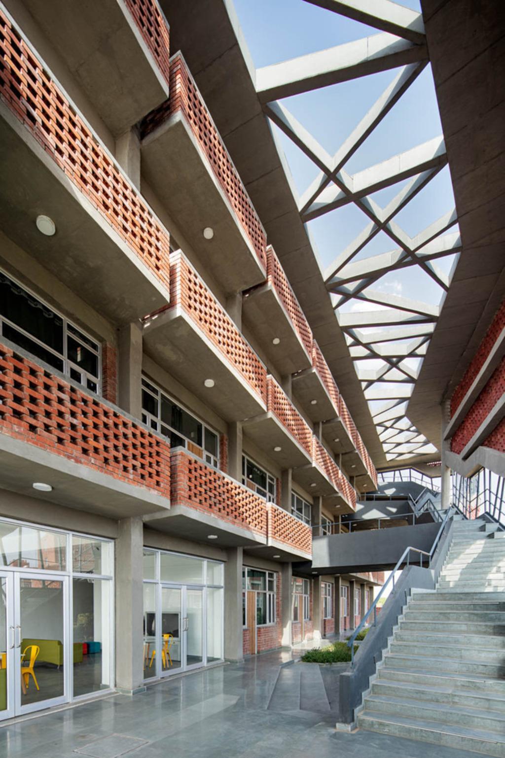 St. Andrews Girls Hostel, Zero Energy Design Lab