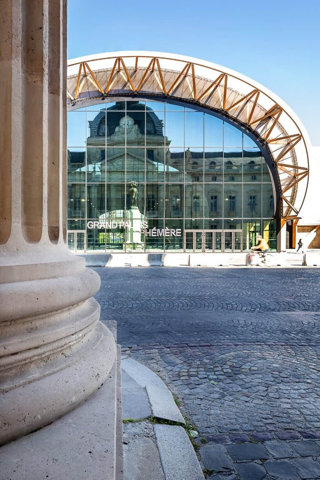 The Grand Palais Ephemere
