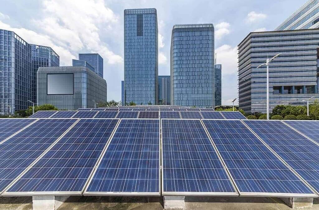 Advantages and Disadvantages of Solar Panels for Commercial Buildings