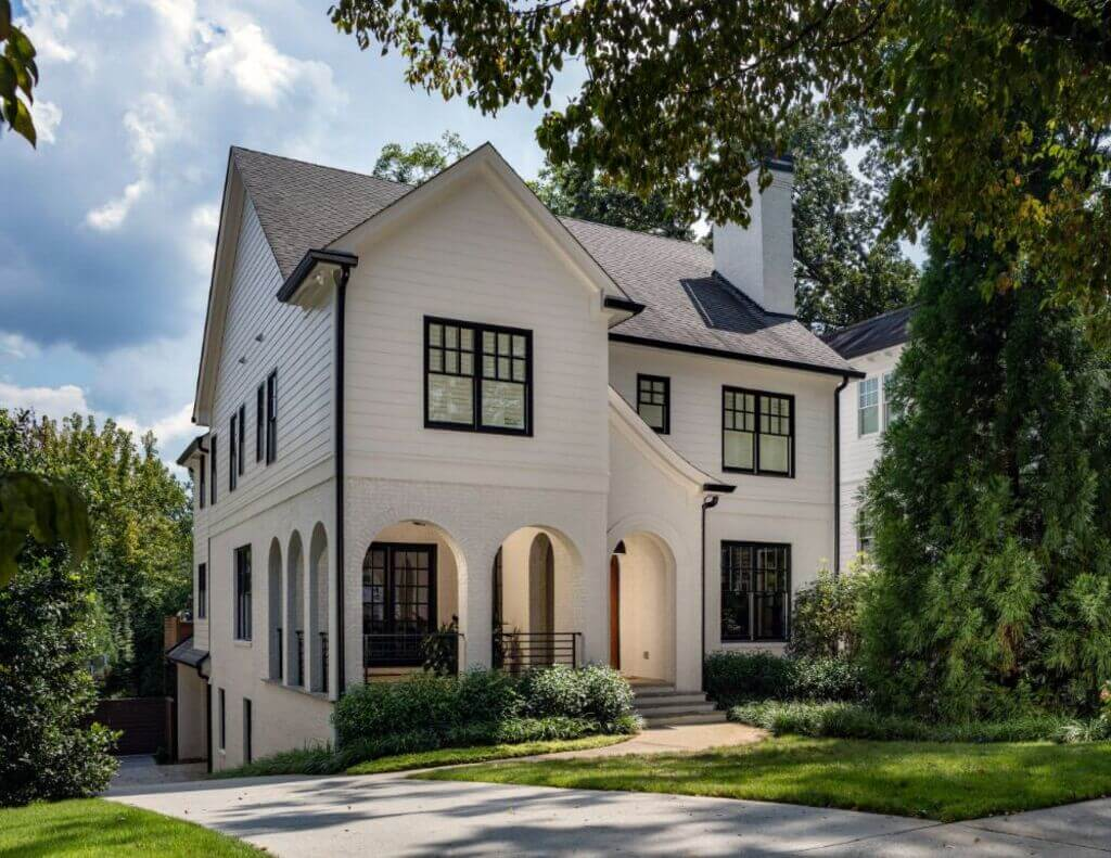 white house with black trim